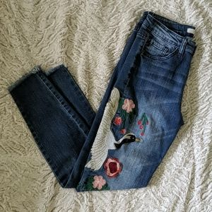 Kancan ankle fray jeans size 5